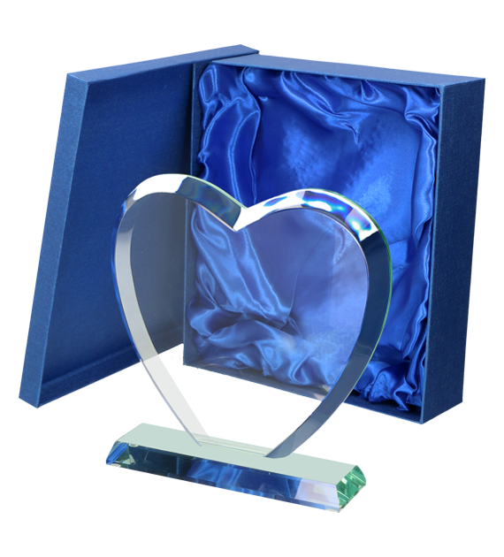 Glass trophy - heart with presentation box G031 6